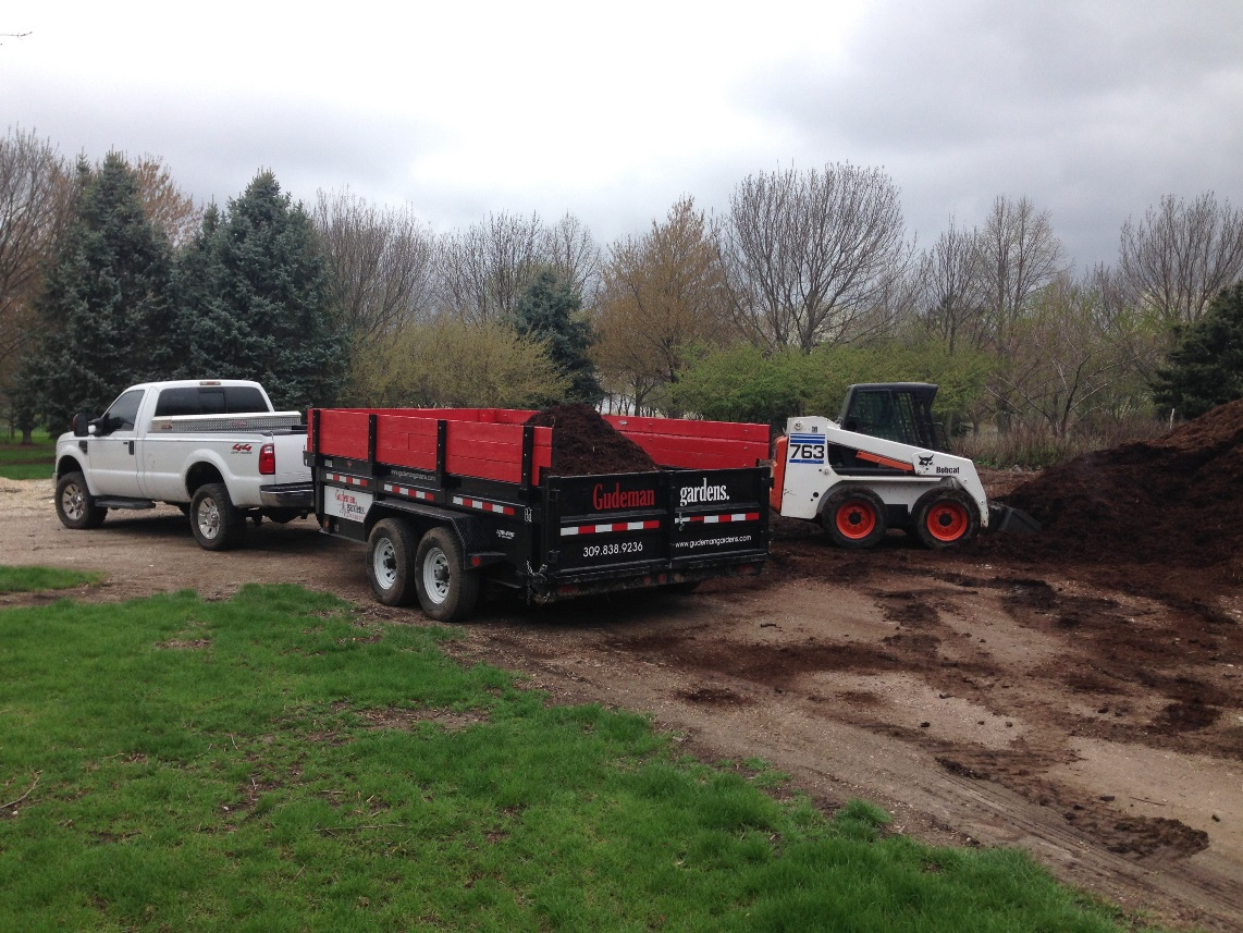 Bulk mulch mfa rolla farmer go to image page landscaping for Landscaping rocks delivered